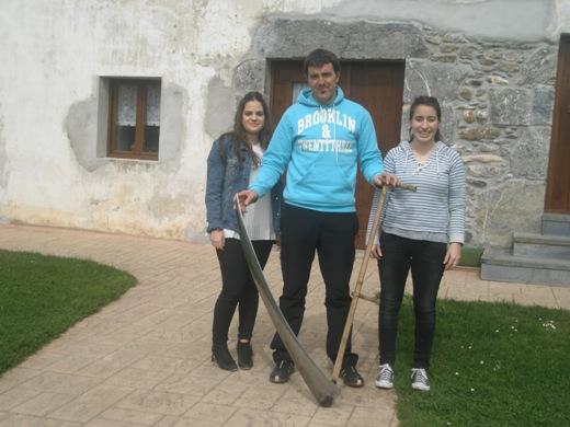 Igor Esnaola Eider eta Maddirekin, elkarrizketa egunean