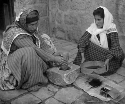 Palestinako emakumeak (Wikimedia Commons)
